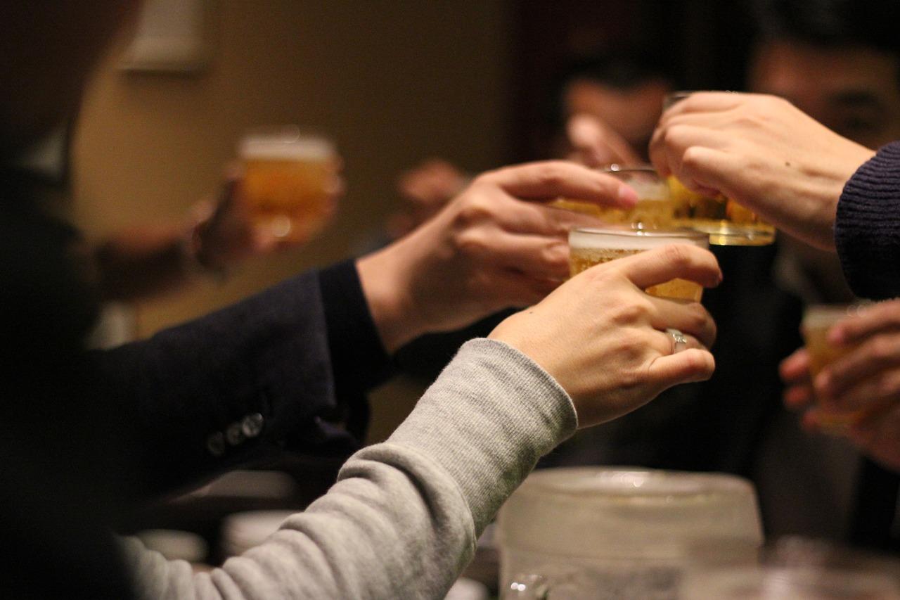 【会社の飲み会】行く、行かないは個人の自由だ!【行きたくない】